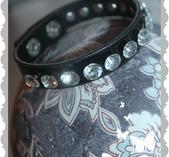 a424 Armband med bling stenar