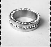 sr2 Stål ring med massa bling Storlek L ( 9 )